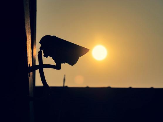 دوربین مداربسته ضد نور